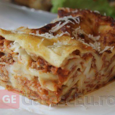 Lasagna Bolognese cu ciuperci