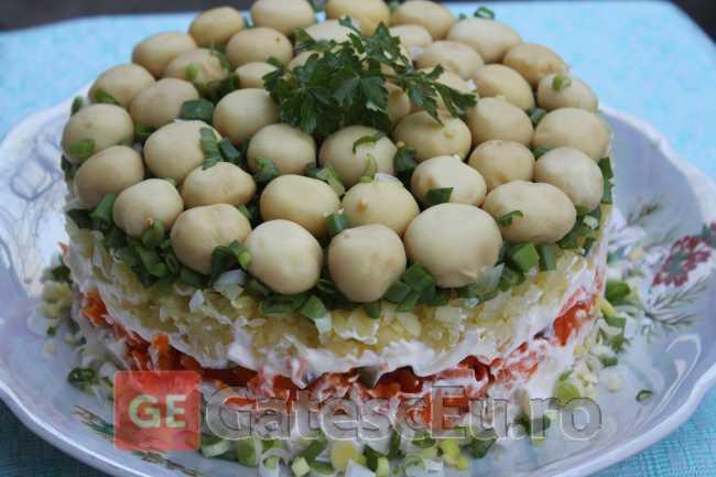 "Salata ""Poiana cu ciuperci"""