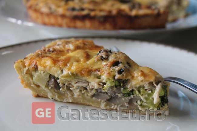 Tarta cu piept de pui, ciuperci si broccoli (Quiche)