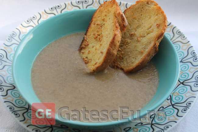 Supa crema de ciuperci (de post)