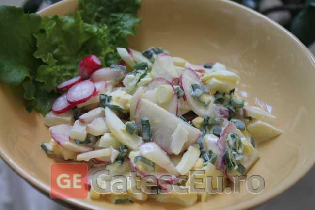 Salata cu ridichi si smantana